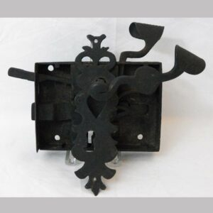 14-23261, Hand wrought iron box lock and fancy cutout scrolled heart escuton Attr. to Rorher, Lebanon Co., PA early 19th century. $1,200