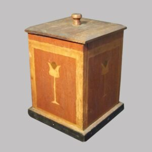 29-19457, Paint decorated salt or sugar box having stylized tulip an border decoration on bone wood ground, Attr. to Mohantongo Valley, later 19th century. $1,950
