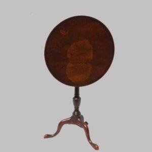 16-27213, Philadelphia PA mahogany federal dish top candle stand, urn pedestal base snake feet, key replaced. $2,475